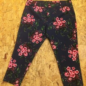 Navy Floral Eloquii Cropped Pants